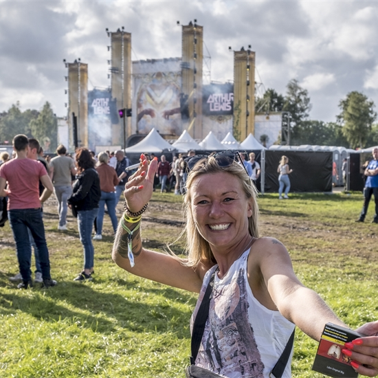 Photo report: Land of Love - Earth Stage