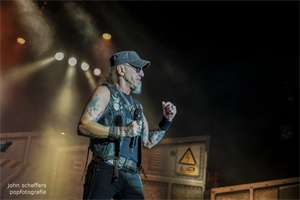 Photo report: Accept